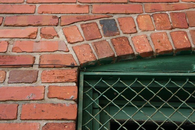 brick8