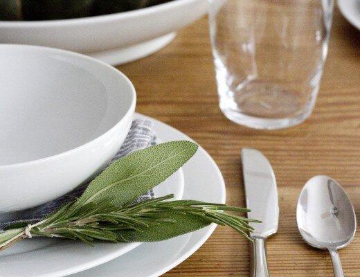 snowe dinnerware reading my tea leaves
