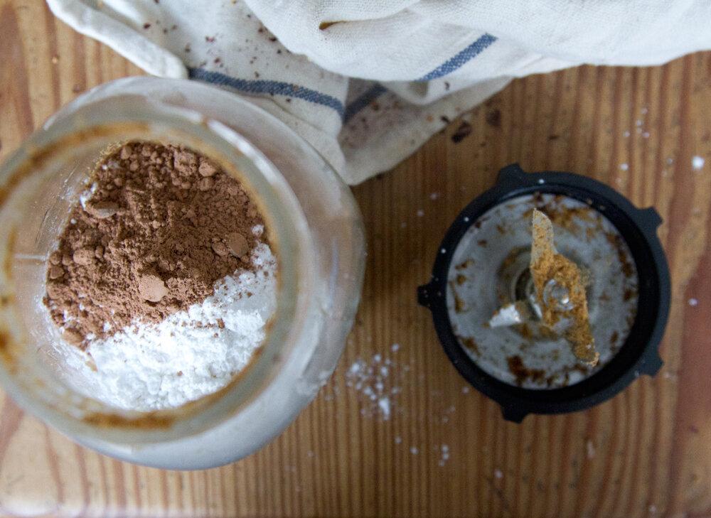 chocolate_hazelnut_spread_reading_my_tea_leaves9018