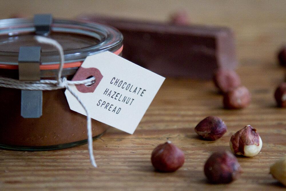 chocolate_hazelnut_spread_reading_my_tea_leaves9071