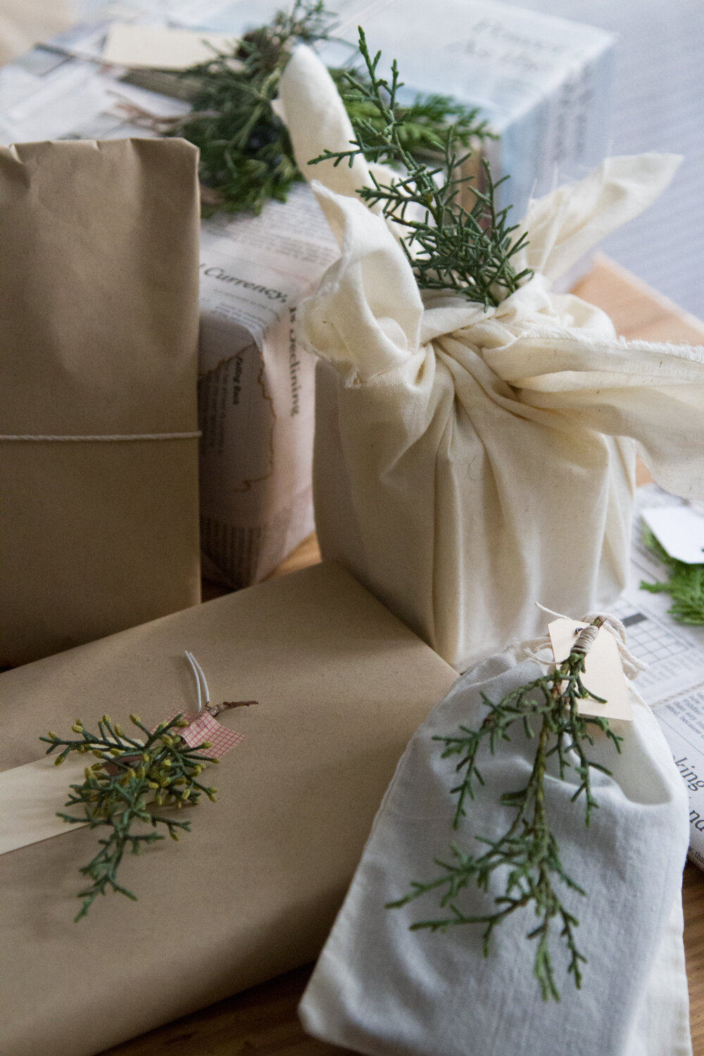 recycled_gift_wrap_reading_my_tea_leaves_IMG_1960