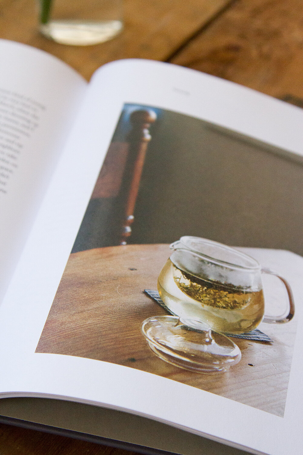 simple matters by erin boyle | reading my tea leaves