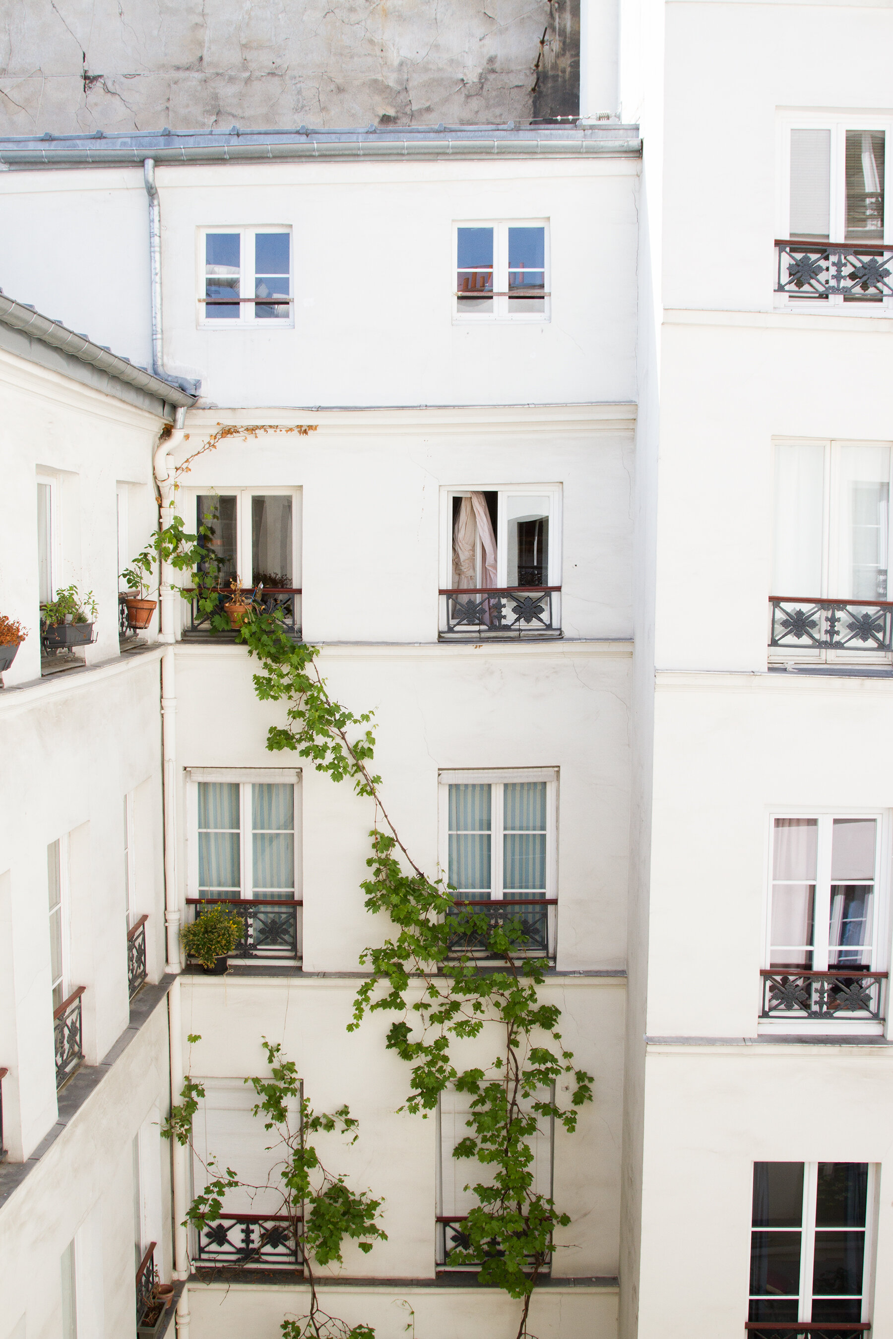 two nights in paris with onefinestay | reading my tea leaves