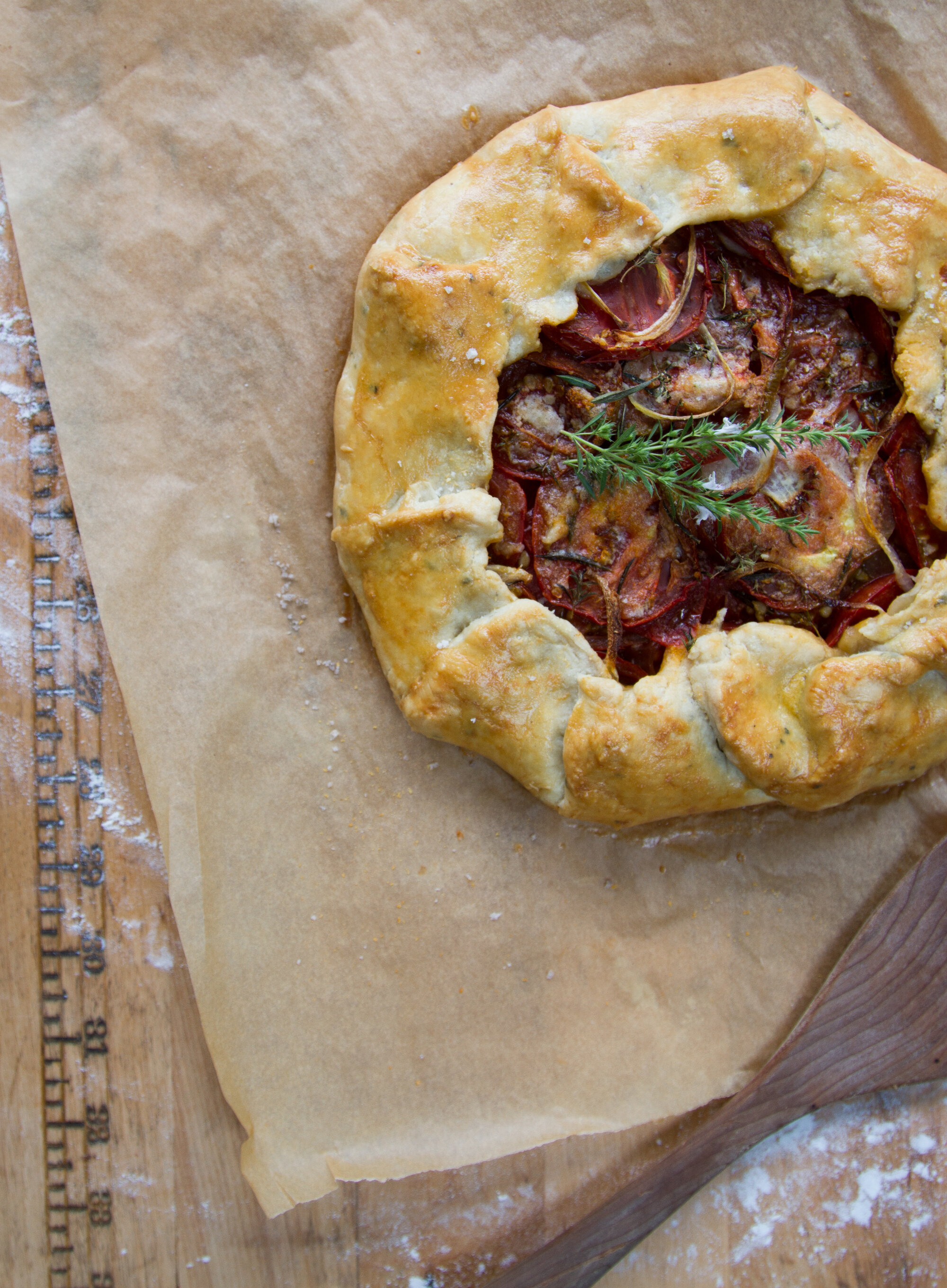 tomato galette | reading my tea leaves