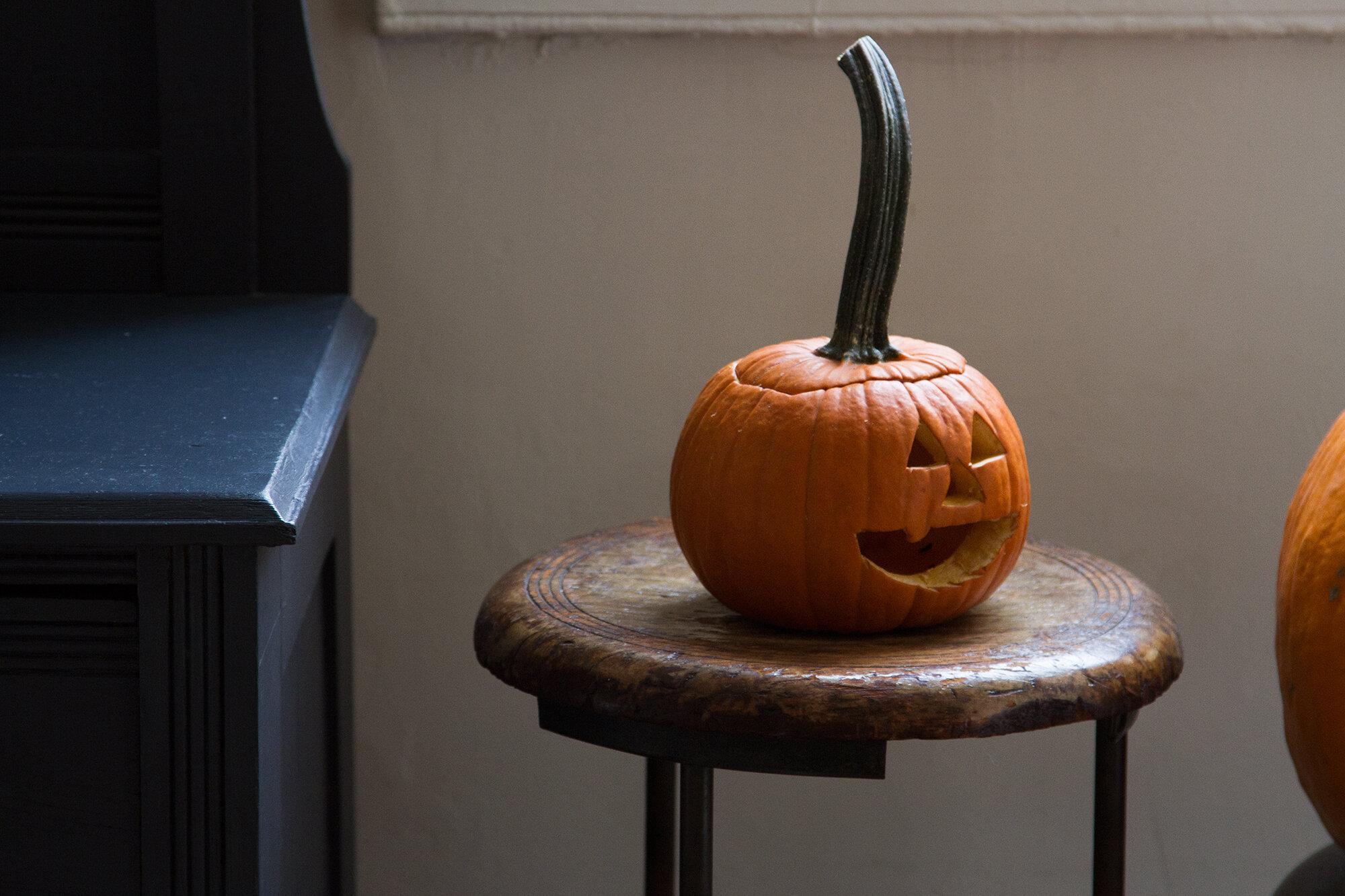 pumpkins   reading my tea leaves
