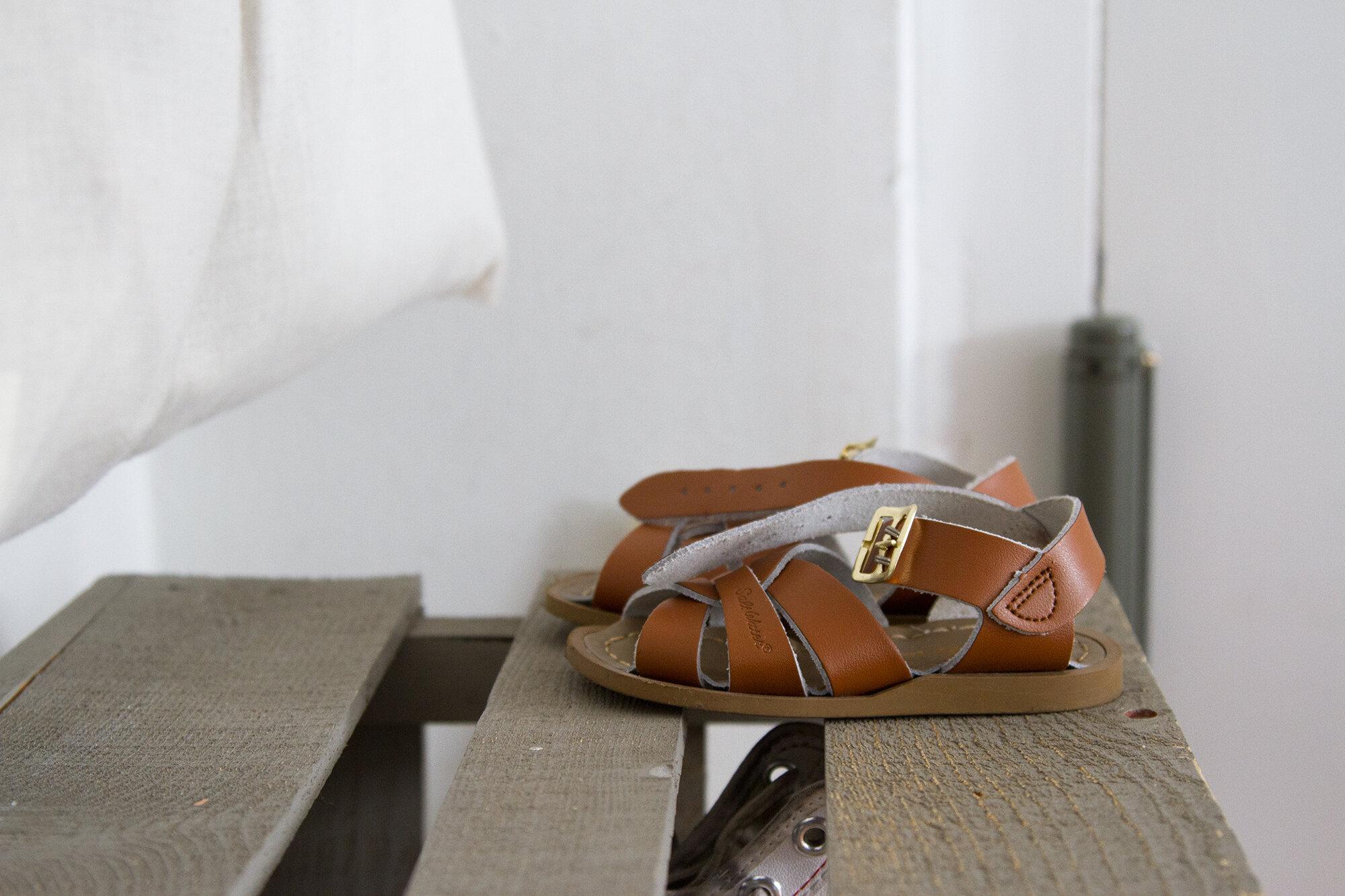 sandals | reading my tea leaves