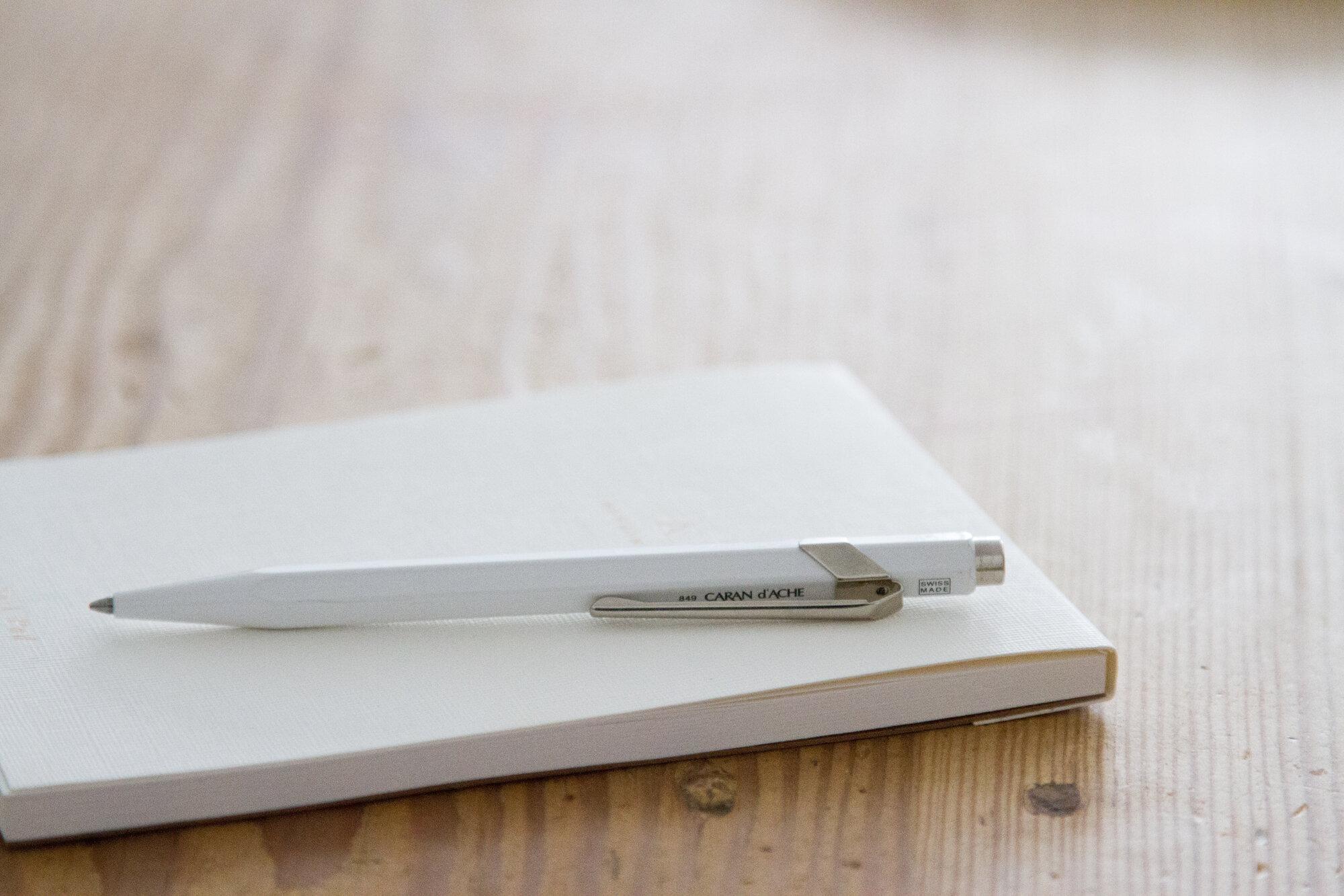 white pen