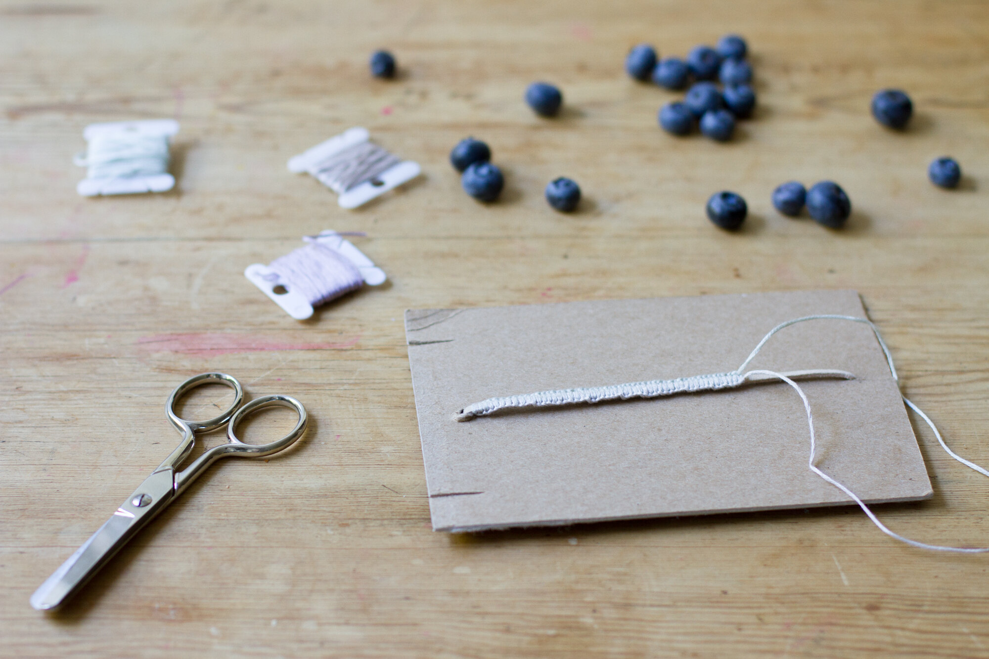 making friendship bracelets, not just for kids | reading my tea leaves