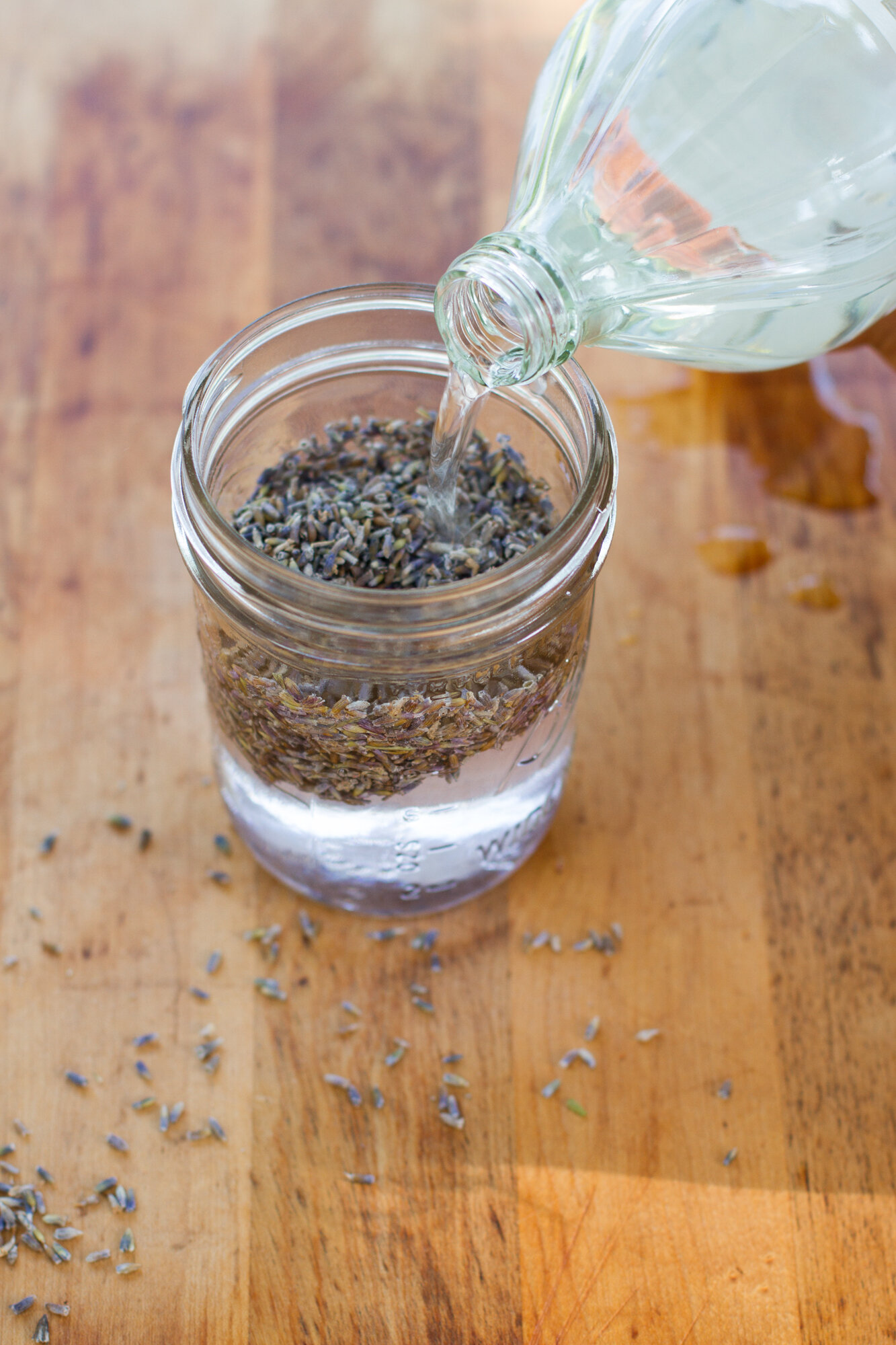 make your own: lavender cleaning spray  – Reading My Tea
