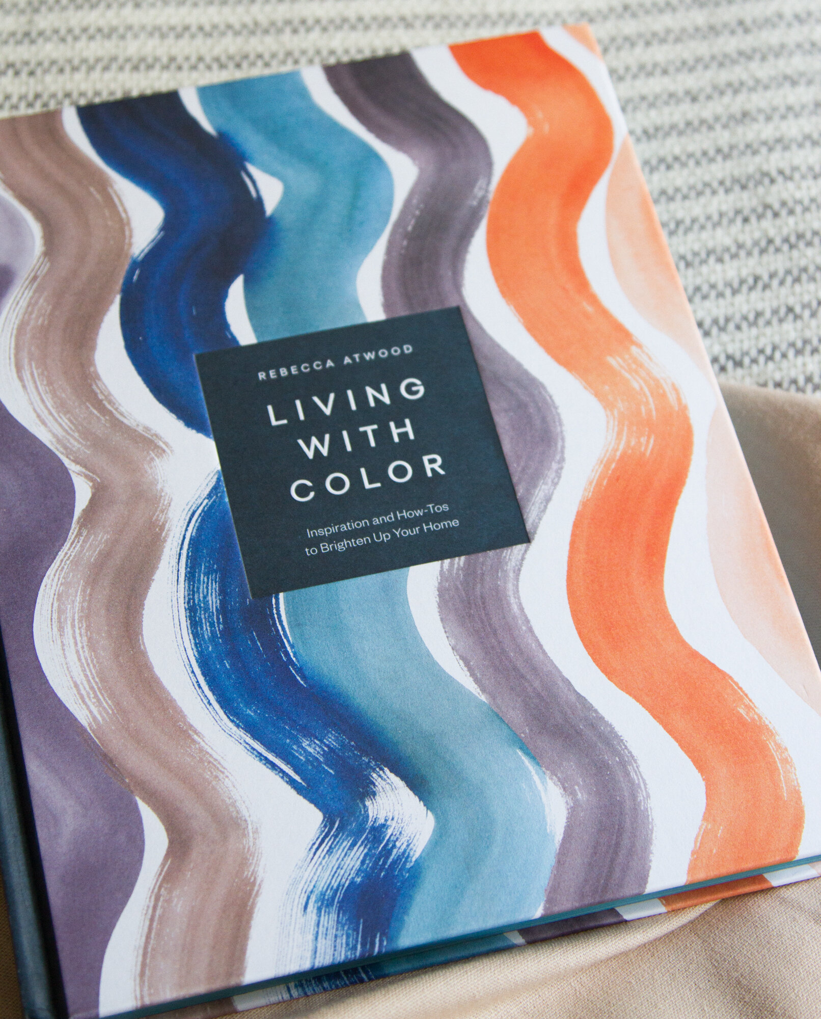 living with color | reading my tea leaves