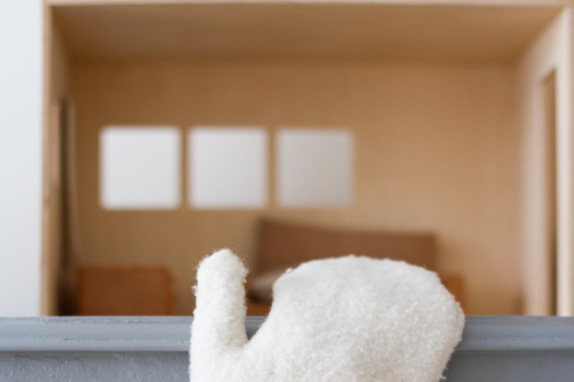 wool dust mitt | reading my tea leaves