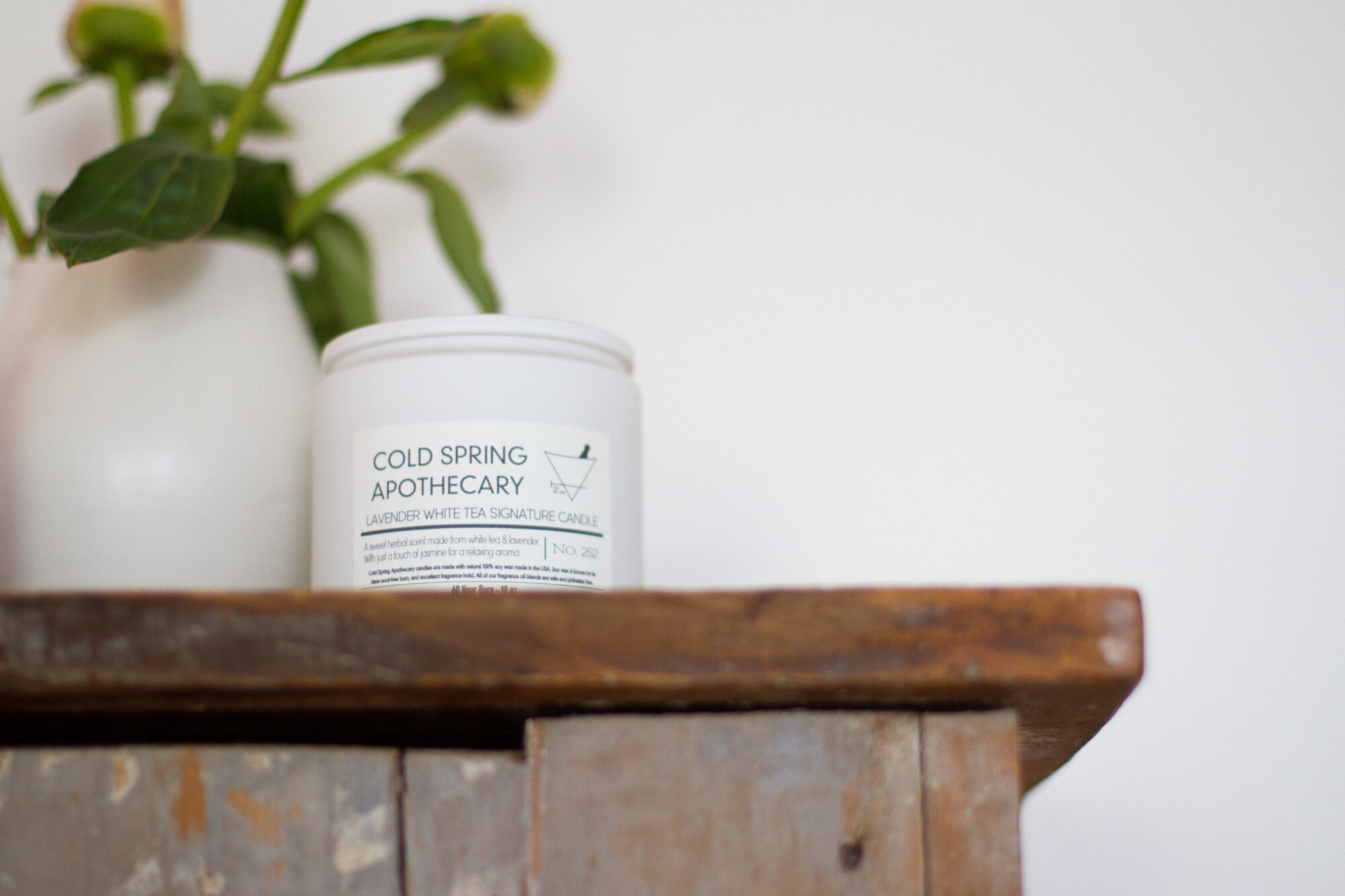 cold spring apothecary candle | reading my tea leaves